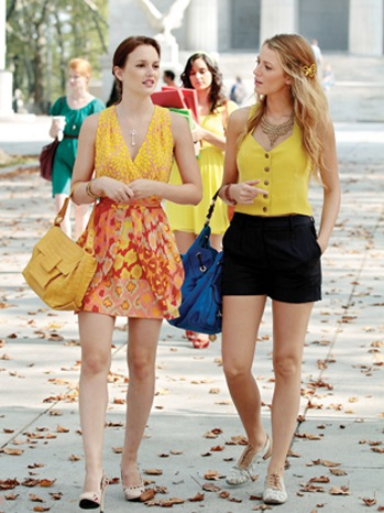 GOSSIP GIRL, (from left): Leighton Meester, Blake Lively, 'Goodbye Columbia', (Season 4, ep. 405, aired Oct. 11, 2010). 2007-. photo: Giovanni Rufino / © The CW / Courtesy Everett Collection